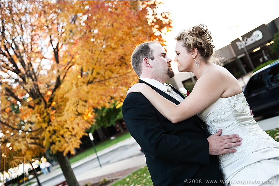 Fall wedding photos in Manchester, NH