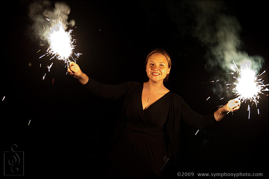 New York wedding planners Clavin Kelly Events distribute sparklers to the guests